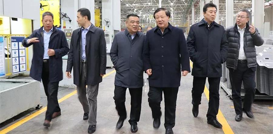 刘海涛一行到凯马汽车赣州分公司调研